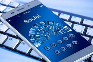 ソーシャルメディア(SNS)のトラブルがなくならない理由